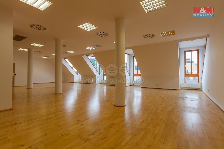 Pronájem, kancelářské prostory, 188 m2, Jeseník