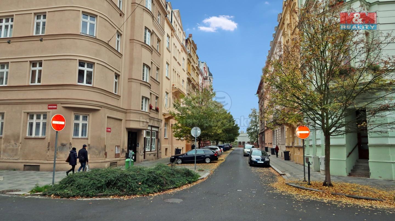 Prodej atypického bytu, 238 m², Karlovy Vary, ul. K. Čapka