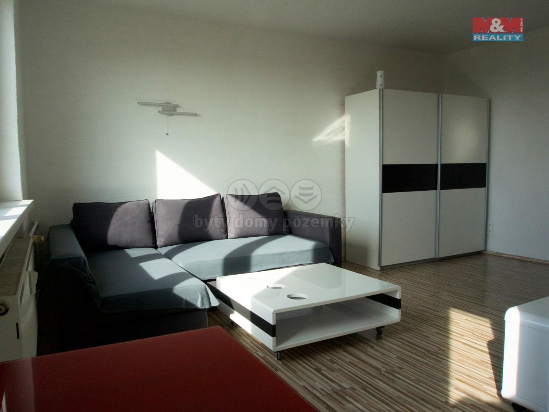 Prodej, byt 1+kk, 30 m², Újezd