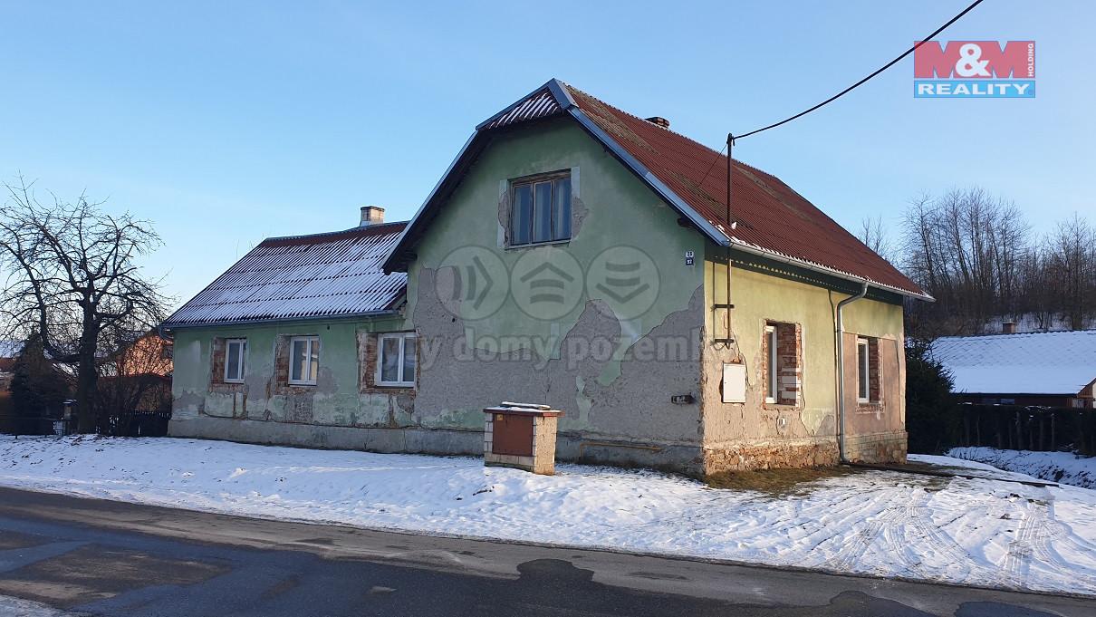 Prodej rodinného domu 4+1, 374 m², Nová Hradečná
