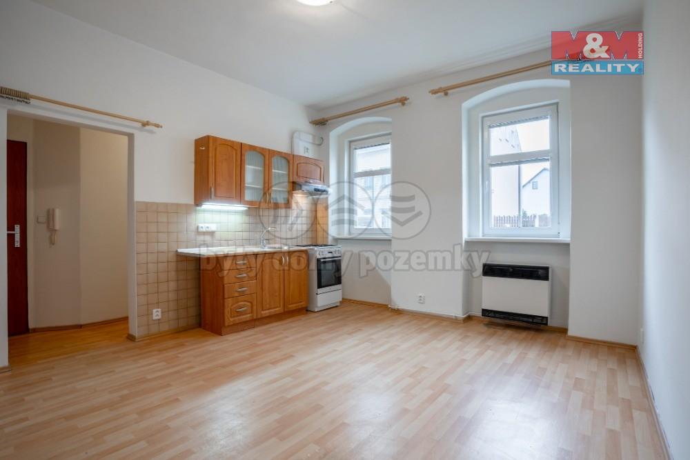 Pronájem bytu 2+kk, 36 m², Karlovy Vary, ul. Na Průhoně