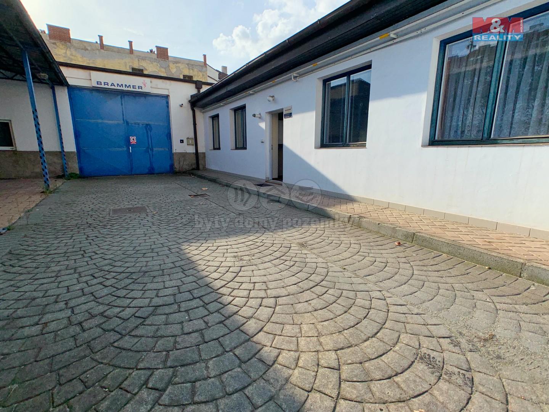 Pronájem skladu, 471 m², Plzeň, ul. Božkovská