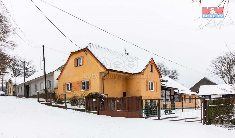 Prodej, rodinný dům, 7+2, 1 315 m2, Číčov - Spálené Poříčí