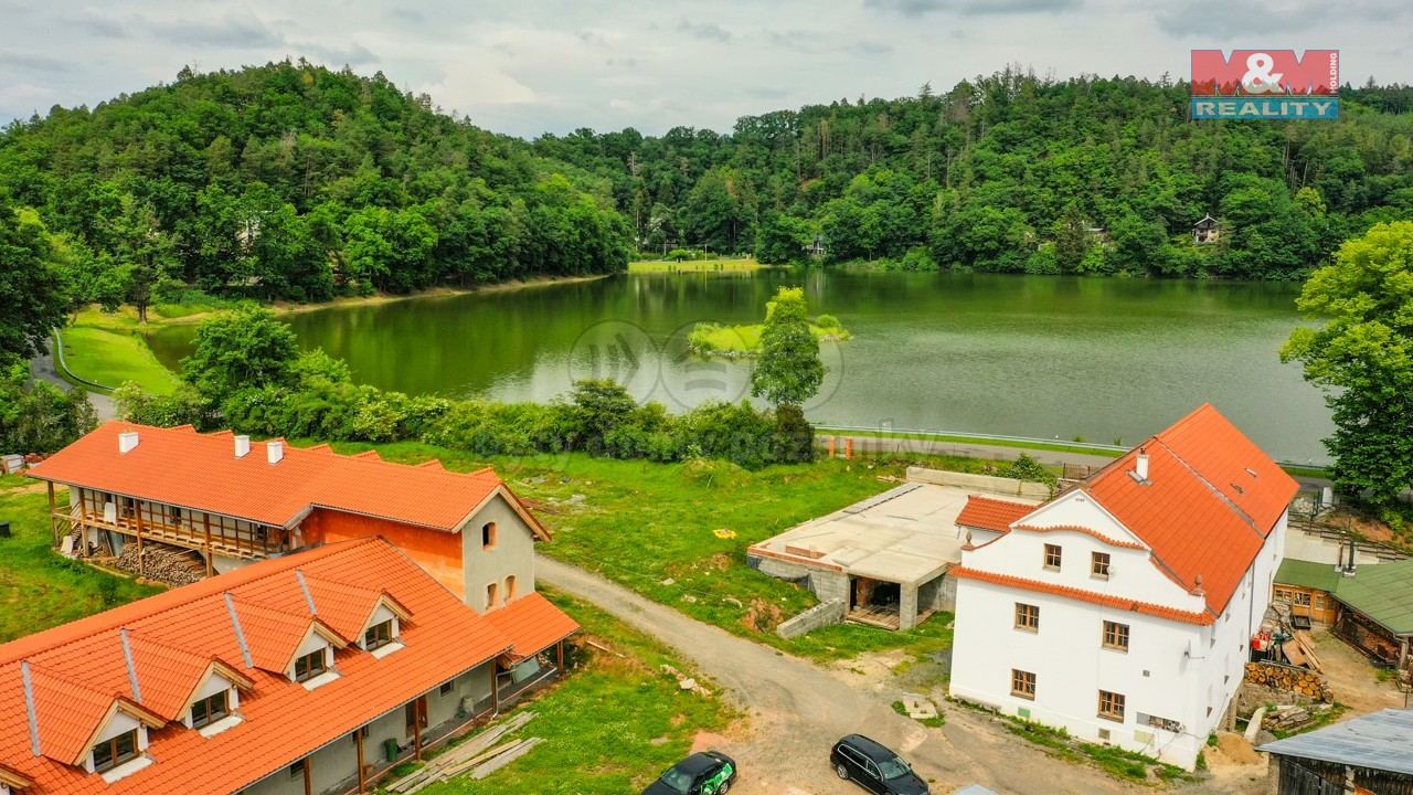 Prodej penzionu, 24.453 m², Stříbrná Skalice - Hradec