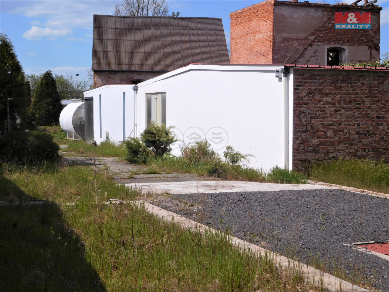 Prodej stáčírny minerálních vod, 1560 m², Očihov