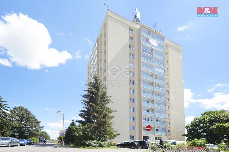Prodej bytu 3+1, 70 m², Říčany, ul. Komenského náměstí