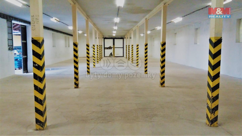 Pronájem skladu, 333 m², Červeněves