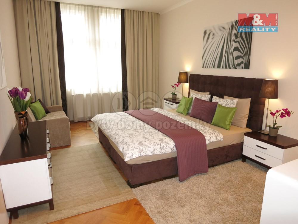 Pronájem bytu 3+1, 95 m², Praha 1, ul. Pštrossova
