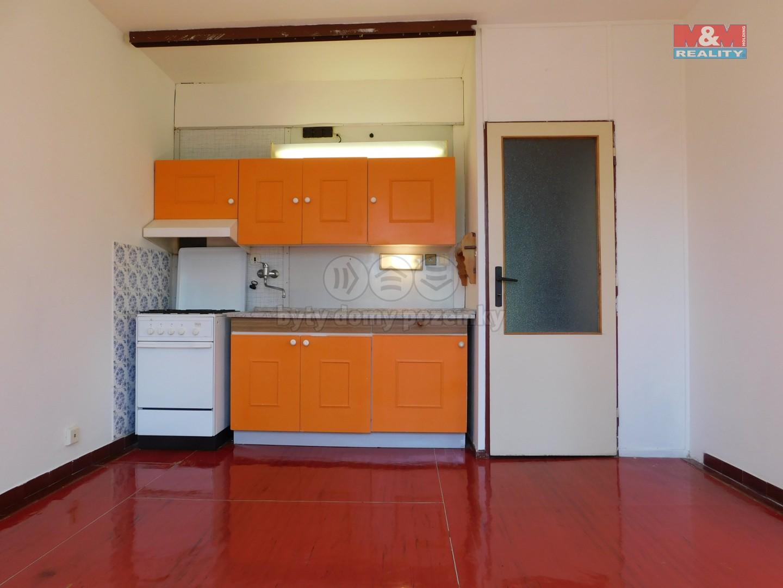 Pronájem bytu 1+1, 36 m², Chomutov, ul. Kyjická