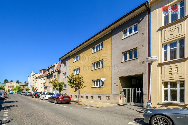 Prodej bytu 3+1 s garáží, 84 m², Slaný, ul. Vepřkova