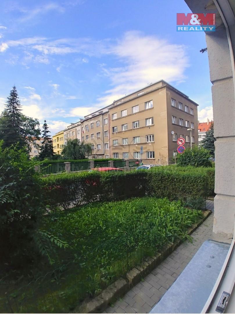 Pronájem bytu 2+kk, 46 m², Praha, ul. U Svépomoci
