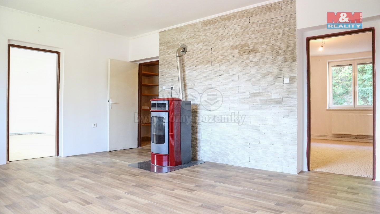 Pronájem bytu 3+1, 82 m², Nekoř