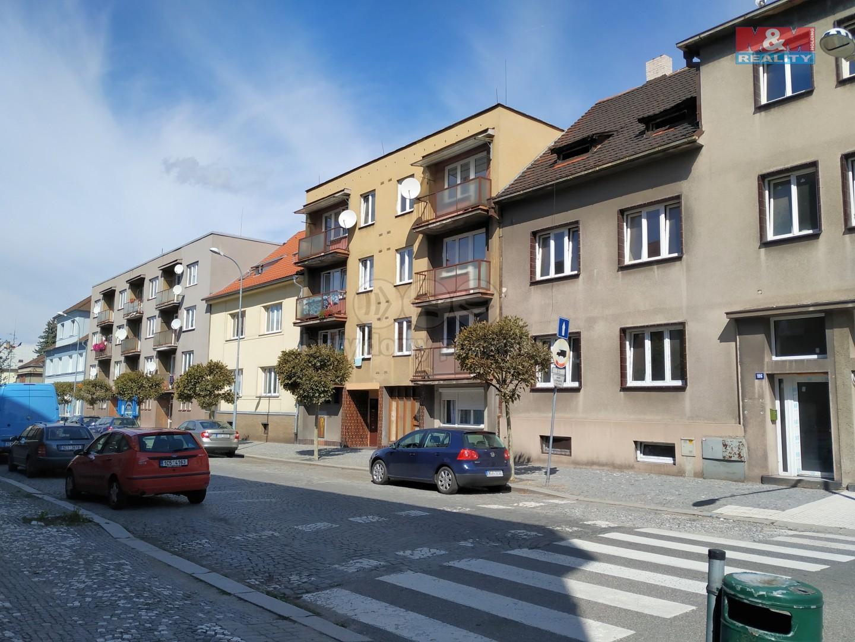 Pronájem bytu 3+1, 68 m², Strakonice, ul. Bezděkovská