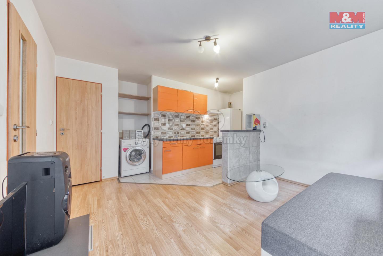 Prodej nájemního domu, 1113 m², Měšice, ul. Hlavní