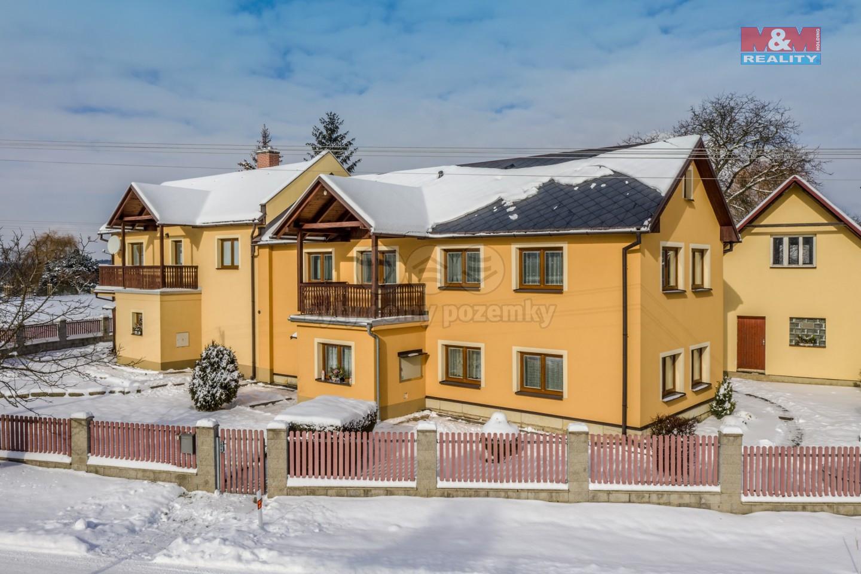 Prodej rodinného dvojdomu v Troskovicích