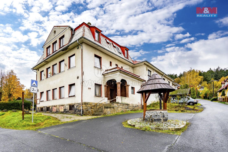 Prodej hotelu, penzionu, 2051 m², Libá