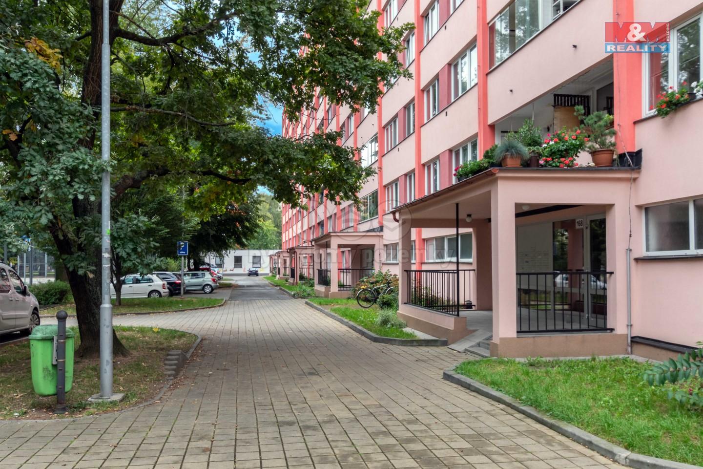 Prodej bytu 1+kk, 32 m², Pardubice, ul. Kosmonautů