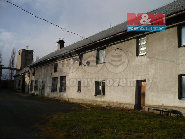 Prodej výrobního objektu, 4157 m², Bartošovice