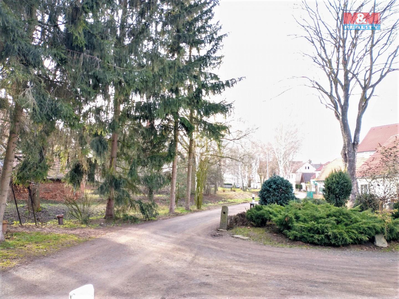 okolí domu