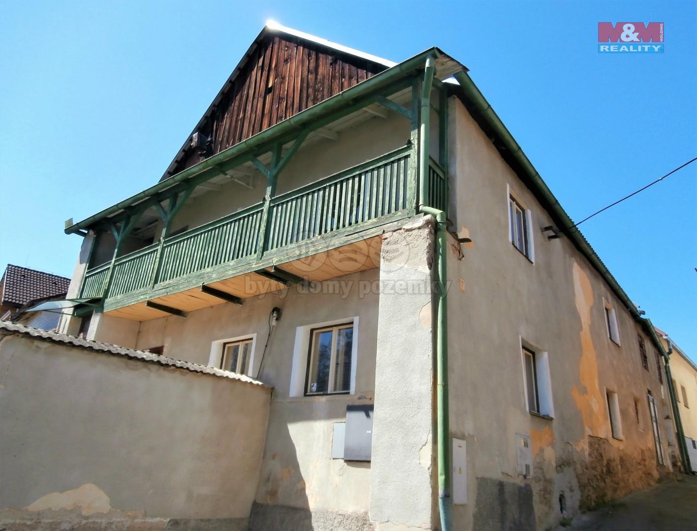 Prodej chalupy, 322 m², Husinec
