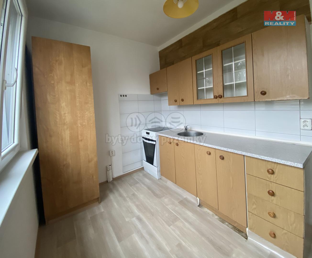 Pronájem, bytu 2+1, 56 m2, OV, Kadaň, ul. Chomutovská