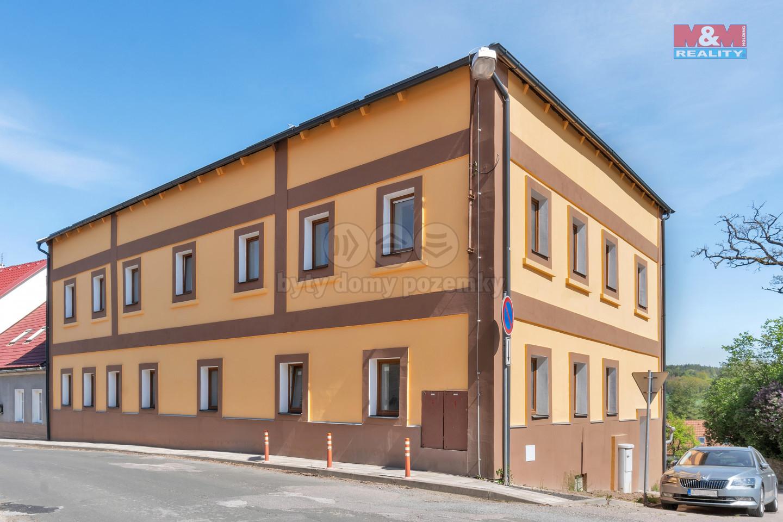 Prodej bytu 1+kk, 38 m², Miletín, ul. Komenského