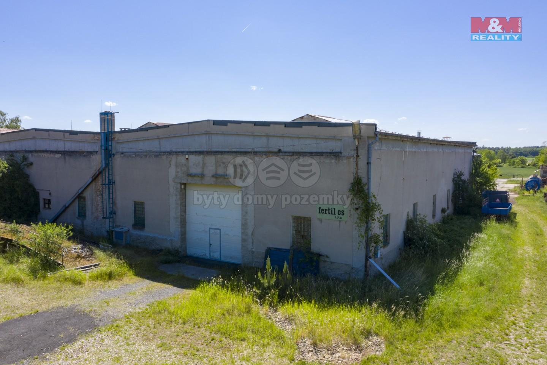 Prodej výrobního objektu, 5130 m², Libotenice