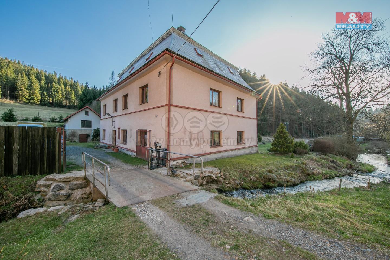 Prodej hotelu, penzionu, 1613 m², Červená Voda