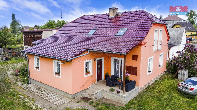 Prodej, rodinný dům, 227 m², Pernarec