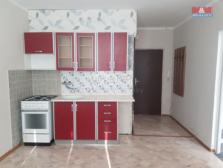 Pronájem bytu 1+1, 36 m², OV, Jirkov, ul. Studentská
