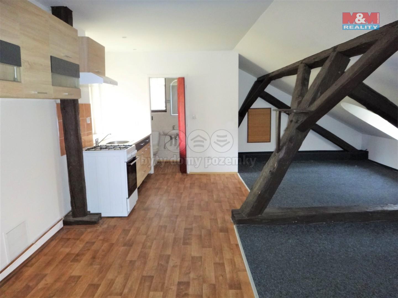 Pronájem bytu 1+kk, 35 m², Kladno, ul. T. G. Masaryka