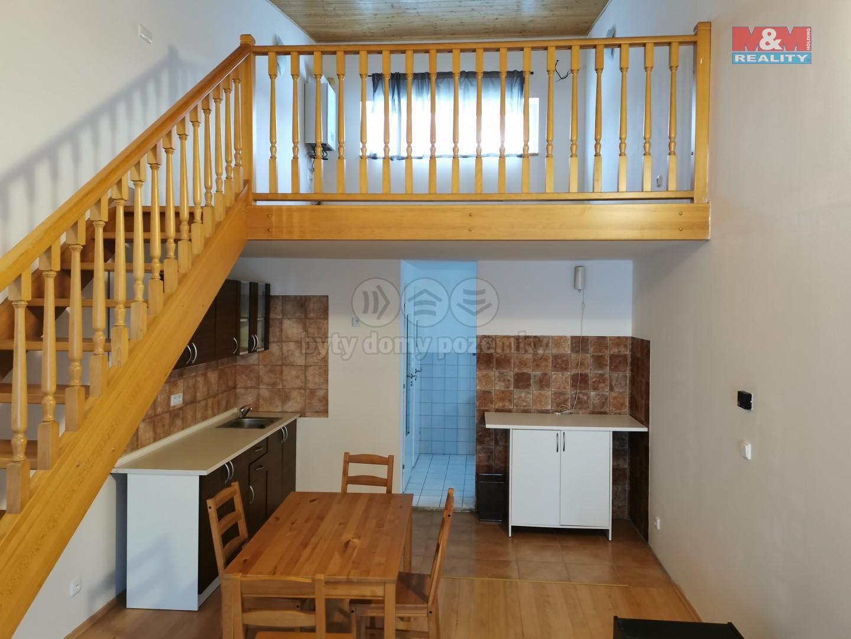 Pronájem bytu 1+kk, 65 m², Tuchoměřice, ul. V Kněžívce