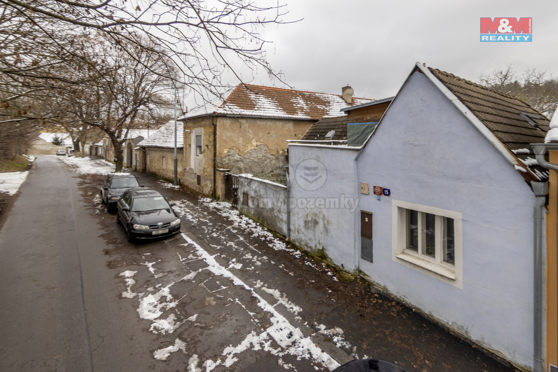 Prodej rodinného domu 3+1, Praha, podíl 1/4 domu