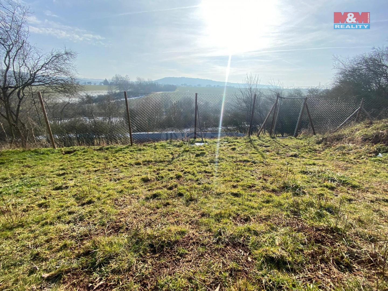 Prodej zahrady, 3580 m², Pnětluky