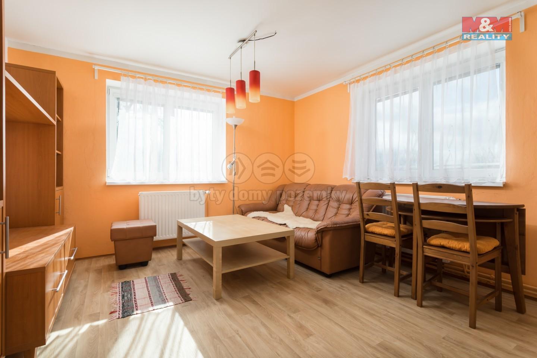 Prodej, rodinný dům 9+2, 195 m2, Spálov