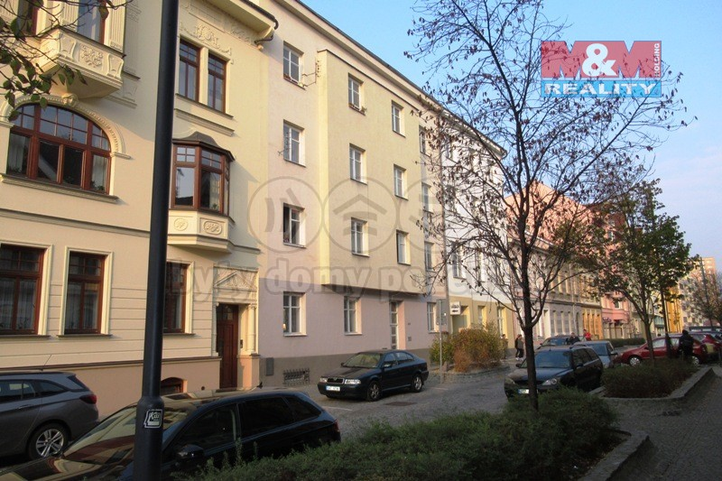 Pronájem bytu 3+1, 123 m², Pardubice, ul. Hronovická