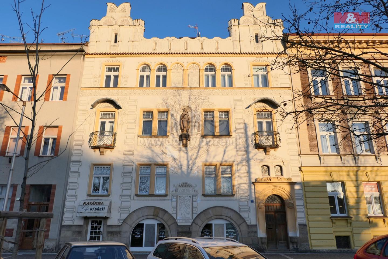 Pronájem komerčních prostor, 105 m², Hradec Králové