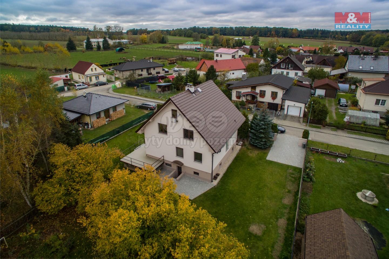 Prodej rodinného domu, 678 m², Ústrašice