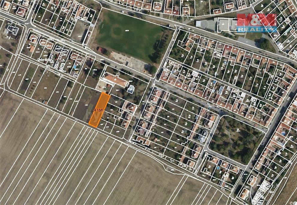 Prodej pole, 911 m², Starovičky