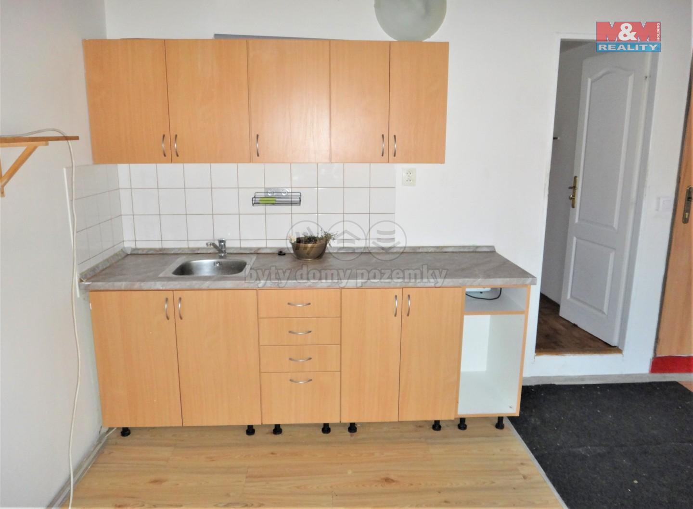 Pronájem bytu 1+kk, 20 m2, Kladno, ul. T. G. Masaryka