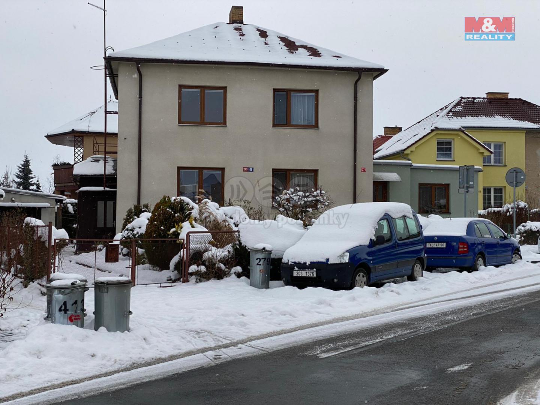 dům sníh.jpg