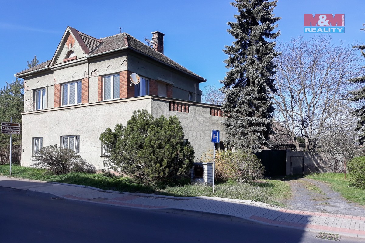 Prodej rodinného domu, 4606m², Libochovice, ul. Čechova