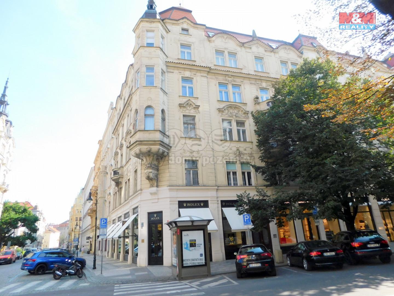Pronájem bytu 2+kk, 70 m², Praha, ul. Pařížská