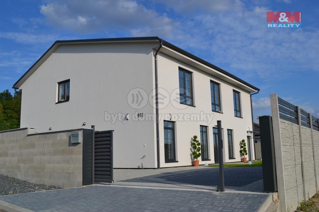 Prodej, rodinný dům, 7+kk+kk, Milovice, ul. Javorová