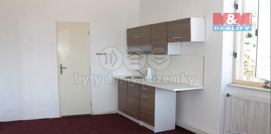 Pronájem, byt 2+1, 40 m², Kroměříž, ul. Sládkova
