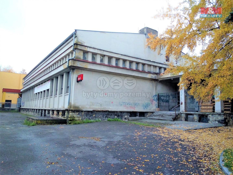 Pronájem skladu, 1700 m2, Stochov, ul. Jaroslava Šípka