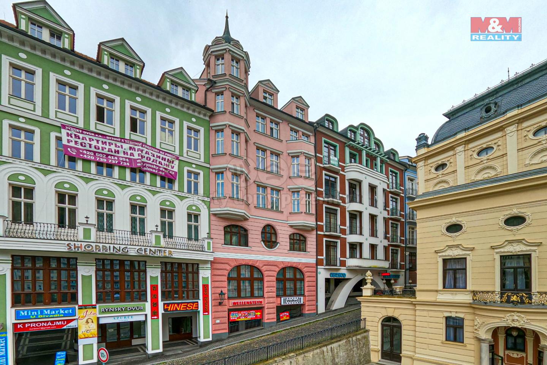 Prodej bytu 2+kk, 65 m², Karlovy Vary, ul. Divadelní náměstí