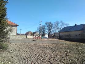 Prodej stavebního pozemku, 1055m2, Lišany