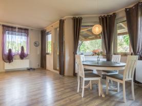 obývací pokoj 1.NP (Prodej, rodinný dům 6+kk, 1070 m², Bystřice - Radošovice), foto 3/28