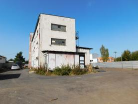Prodej výrobního objektu, 3681 m², Horní Slavkov, ul. Tovární